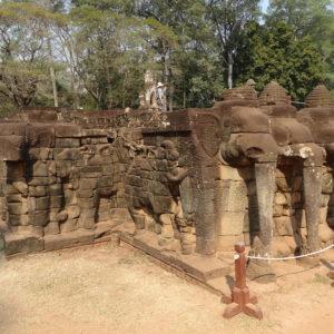 La terrasse des éléphants-perron Sud
