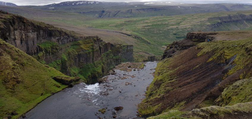 Balade vers les chutes d'eau de Glymur